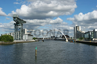 Finnestone Crane & The Glasgow Arc