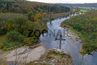 Hochwartfelsen über der Donau bei Rechtenstein, Württemberg