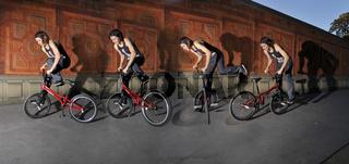 Bewegungsstudie (Fotomontage): Monika Hinz