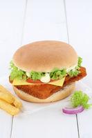 Fischburger Fisch Burger Backfisch Hamburger Textfreiraum Copyspace Käse Tomaten Salat