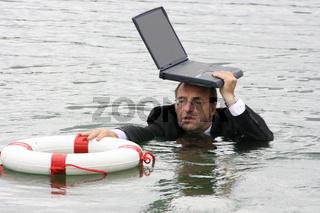 Manager steht Wasser bis zum Hals