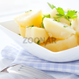 frische Kartoffeln mit Petersilie
