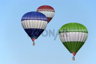 Heißluftballon | hot-air balloon