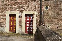 Raesfeld moated castle - doors and wall
