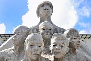 Kabinett Gebäude mit Skulptur in Paramaribo Suriname