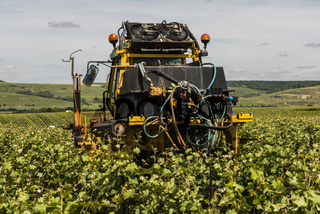Farmer Machinery Vineyards