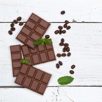 Schokolade Milchschokolade Tafel Süßigkeiten Essen quadratisch Textfreiraum von oben