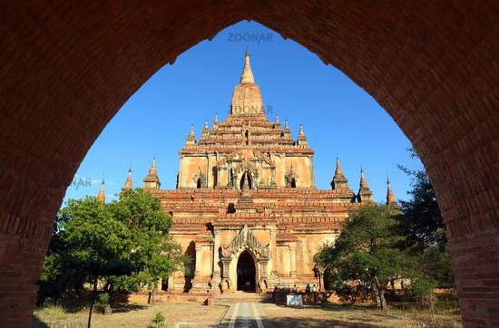 Htilominlo Pagoda in Bagan, Myanmar