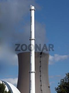 Reaktorkuppel - Turm - Kuehlturm des KKW Grohnde