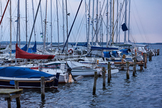 Segelboote im Hafen