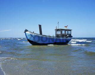 Fischerboot an der Ostsee bei Heringsdorf, Usedom