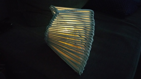 Self -made lamp made ​​of paper