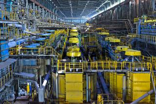 Industrielle Anlagen zur Gewinnung von Kupfer aus Kupfererz, Kupferbergwerk Erdenet,Mongolei