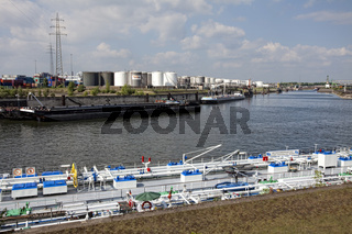 Hafengelände in Duisburg