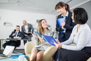 Team Geschäftsfrauen planen Business Strategie