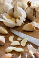 Fresh sliced garlic