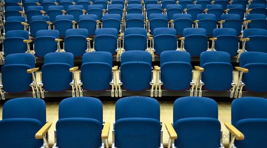 Stühle, Struktur