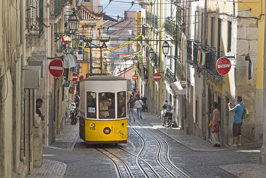 Elevador da Bica funicular, Bica, Lisbon, Portugal, Europe