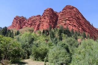 Felsformation 'Sieben Stiere' im Jety Oguz Tal im Terskej Alatoo Gebirge bei Karakol, Kirgisistan