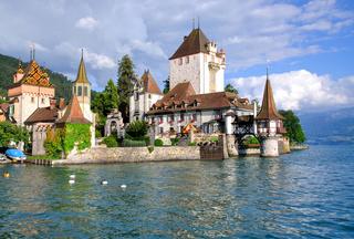 am Schloss Oberhofen am Thuner See