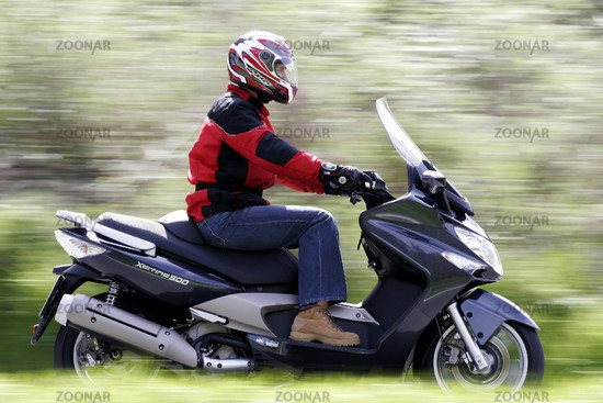 Kymco Xciting 500 scooter