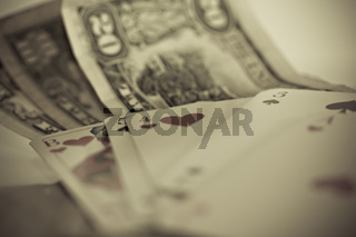 Glücksspiel Geld und Spielkarten