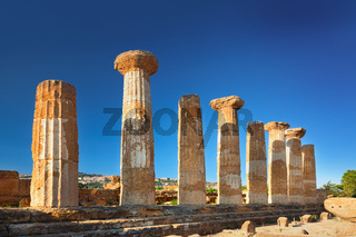 The temple of heracles in the Valley of the Temples