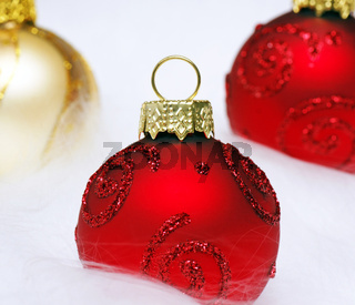 Weihnachtskugeln rot gold