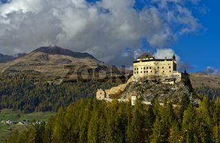 Schloss Tarasp, Gemeinde Scuol, Unterengadin, Graubünden, Schweiz