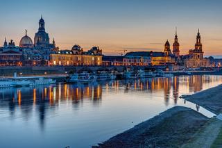 Die Altstadt von Dresden nach Sonnenuntergang