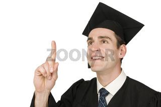 erhobener Finger eines Absolventen auf Weiß