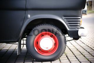 Frontrad Ford Caravan