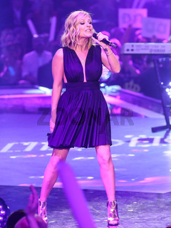 Sängerin Michelle in der ARD TV-Show Schlager Countdown in Oldenburg am 25.03.2017