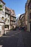 Pedestrianized Rue des Boulangers