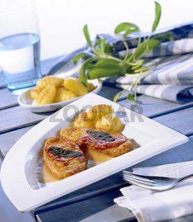 Italienische Soja-Schnitzel mit Gnocchi
