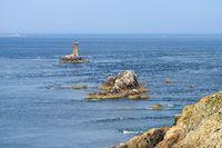 Pointe du Raz und der Leuchtturm la Vieille in der Bretagne - Pointe du Raz and lighthouse Phare de la Vieille in Brittany, France