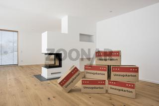 Kartons für Umzug in neue Wohnung