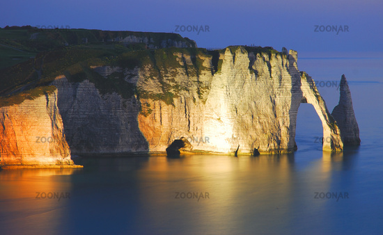 View of the Porte d`Aval in Etretat