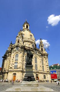 Lutherdenkmal und Frauenkirche, Dresden