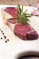 dry age Steak auf Holz
