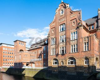 houses near Herrengrabenfleet canal in Hamburg