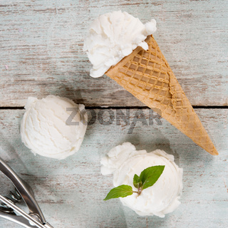 yoghurt ice cream cone