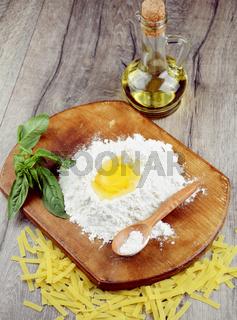 Preparing pasta on the table