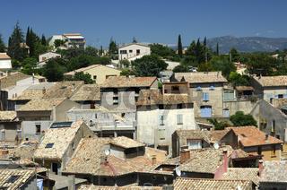 Dächer von Valensole, Provence, Frankreich