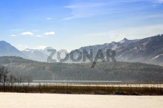 Einblick in die bayrischen Alpen im Winter