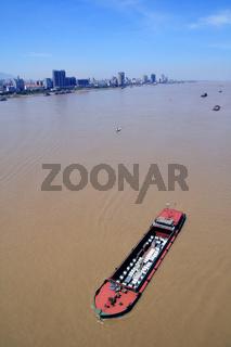 yangtze river transport