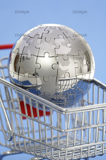 Metal puzzle globe with shopping cart