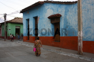 Kuba, buntes Haus in Trinidad