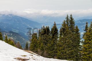Blick vom Neunerkoepfle ins Tannheimer Tal