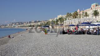 Am Strand in Nizza, Frankreich